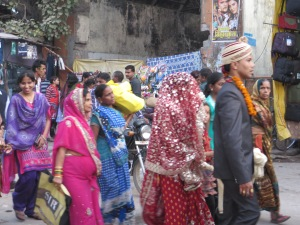 India, Varanasi, Wedding walk