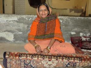 Jaipur, Weaving a Rug