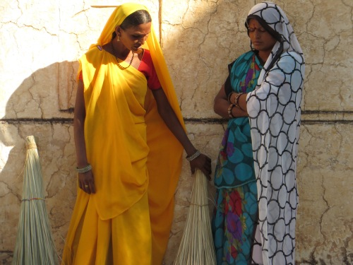 Jaipur, Amber Fort, Women Sweepers